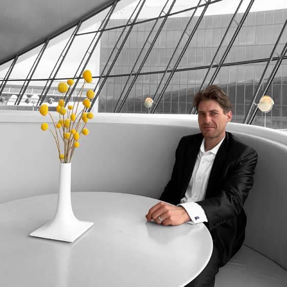 luxury white modern ceramic vase